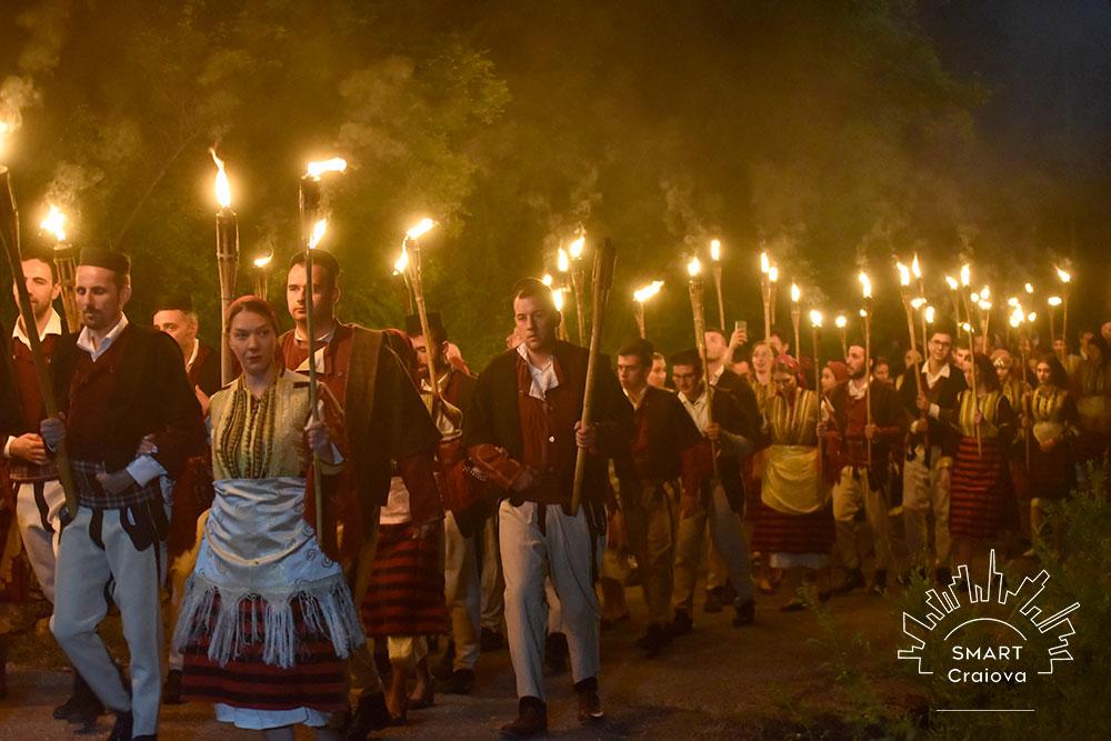 De aproape cinci decenii, macedonenii aduc un tribut străbunilor. Festivalul Nunții tradiționale din Galicnik. În fiecare an, doi tineri macedoneni se căsătoresc după obiceiuri străvechi